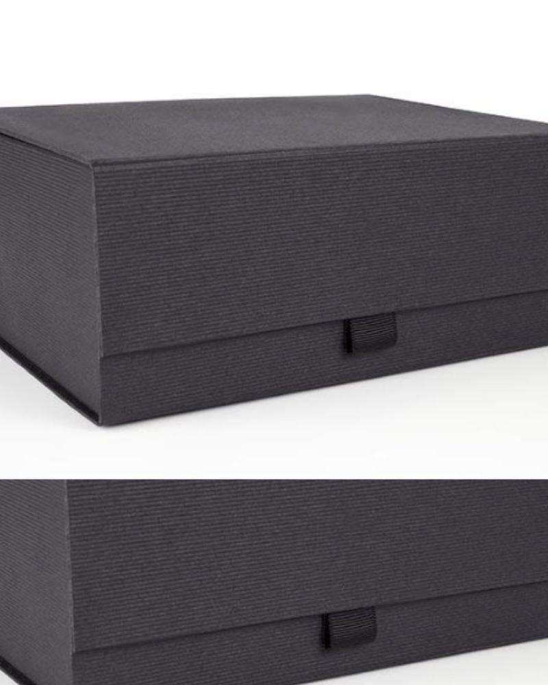 Luxury Magnetic Snapshut Gift Box